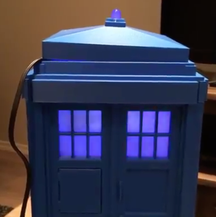 3D Printed, Raspberry Pi Powered, Doctor Who Tardis